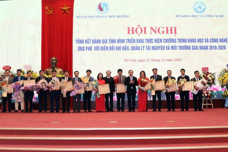 meetvn-cong-bo-10-su-kien-nganh-tai-nguyen-va-moi-truong-nam-2020-20